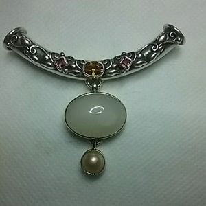 Jewelry - Sterling silver pencant